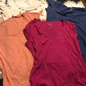 Bundle of 4! Four! Old Navy Maternity Tees